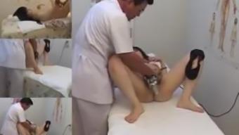 Скрытая камера в японском массажном кабинете порно его